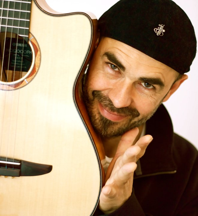 Portsmouth Guildhall - Antonio Forcione SOLO - Bookings: 0844 847 2362