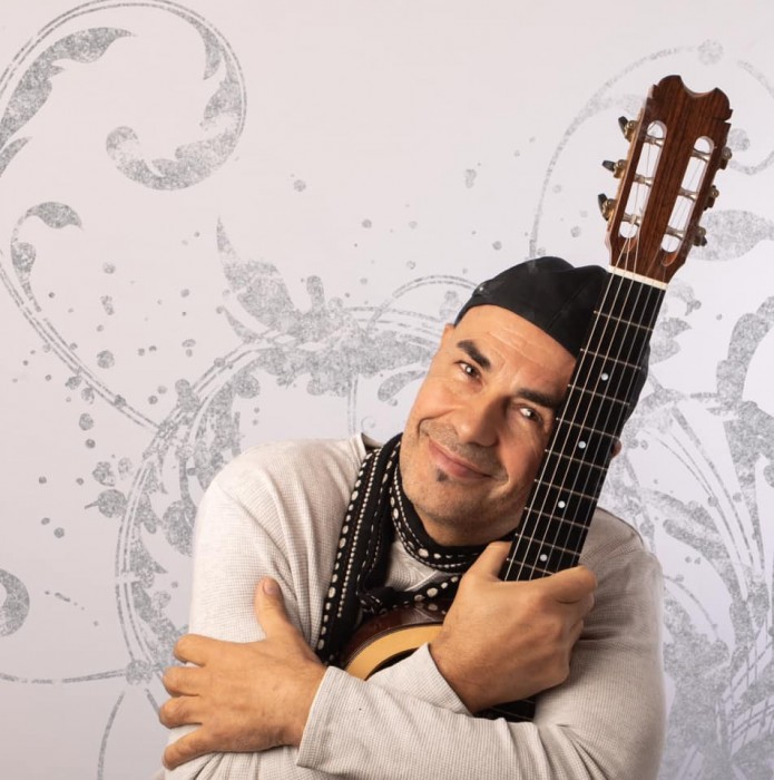 IGF GUITAR SUMMIT 2019 - Antonio Forcione Fingerstyle & songwriting course 18-19 July 2019 - Bookings: 020 7520 1490